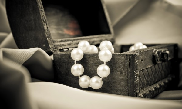 Tips to organize and store jewellery