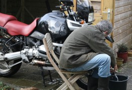 Tips for removing rust and polishing motorcycle chrome