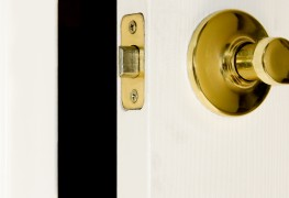 8 ways to fix a door that won't close