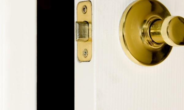 8 Ways To Fix A Door That Wonu0027t Close