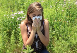 Controlling sinusitis through diet