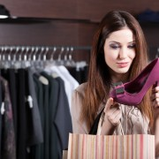 6 costly mistakes shoppers make at clothing stores