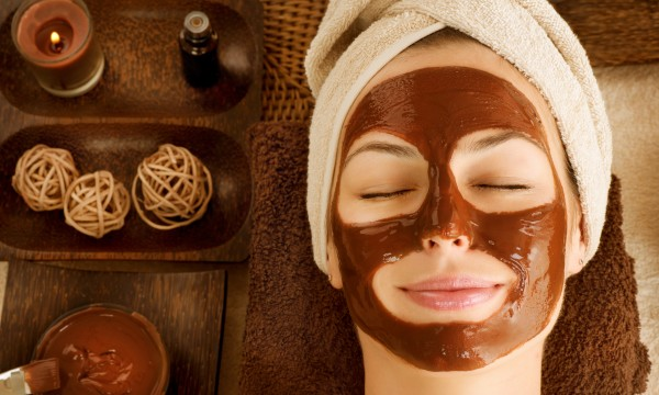 How to throw Mom a luxurious spa day for Mother's Day