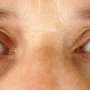 Tricks for refreshing tired eyes