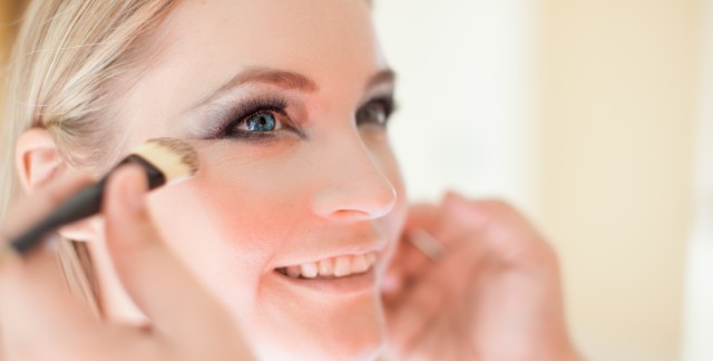 5 flawless makeup tips for oily skin