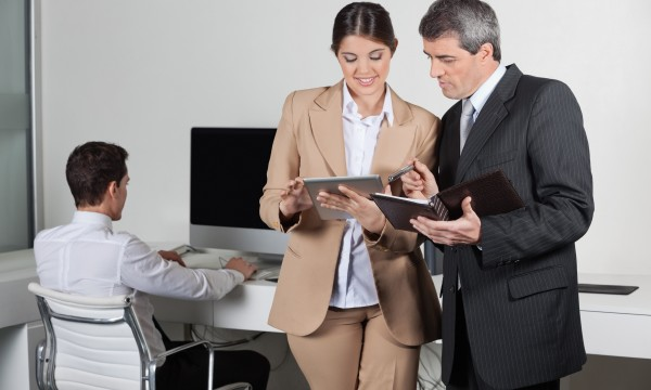 5 reasons you need a personal assistant smart tips