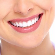 Pros and cons of teeth whitening