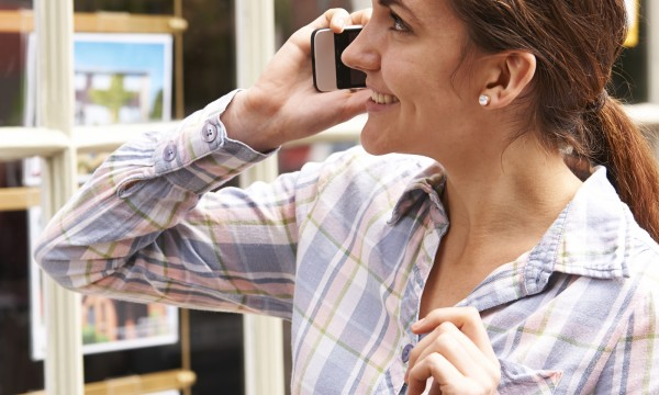 What are the responsibilities of a real estate agent?