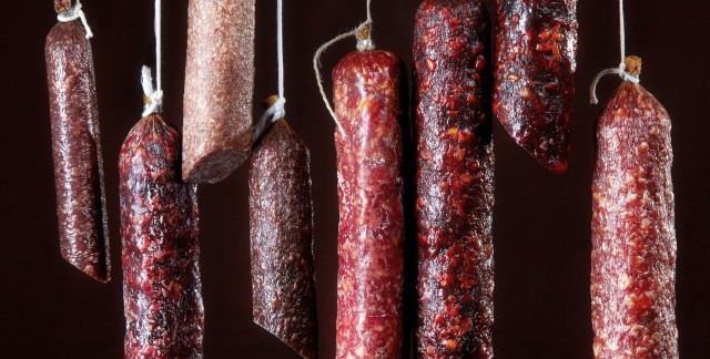 4 essential facts about smoked and cured meats
