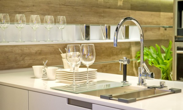 5 tips to keep your dishes sparkling