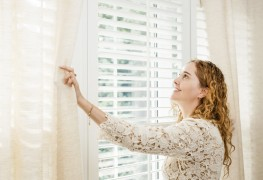 Handy hints to wash blinds for sparkling results each time