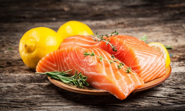 2 mouthwatering salmon recipes that are easy to prepare