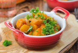 Super foods recipe:  butternut squash with bell peppers and almonds
