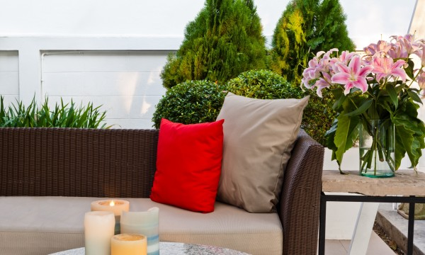 How to remove mildew and mould from patio furniture cushions