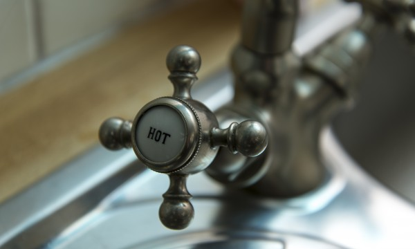 A quick guide to replacing tap washers | Smart Tips