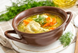 Healthy old-fashioned chicken noodle soup