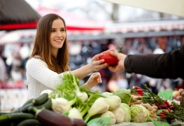 3 hints to help plan meals around supermarket sales