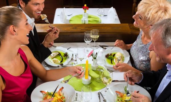 Easy tips for eating healthier at restaurants