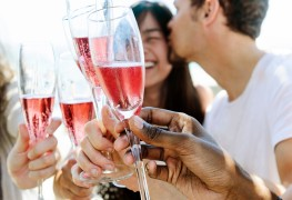 Tips to help you plan the perfect engagement party