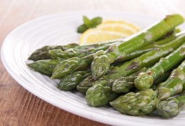 2 simple asparagus side dishes