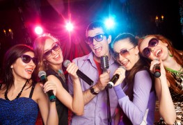 4 of the best occasions to throw a karaoke party