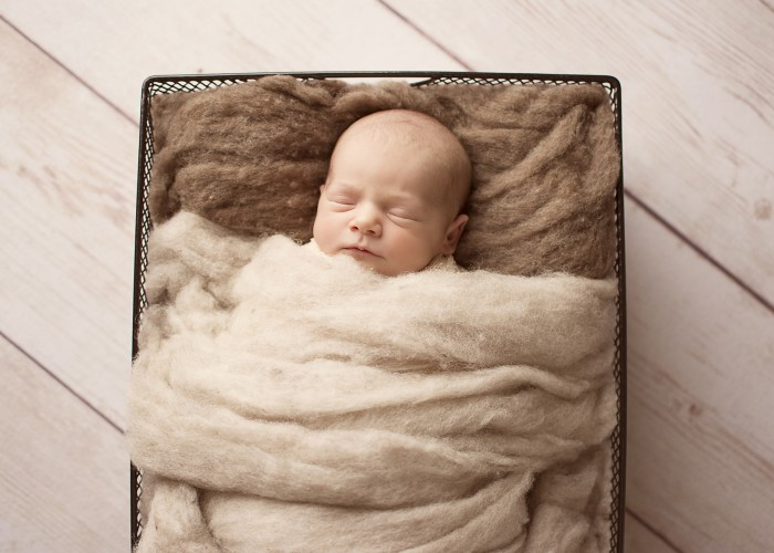 Everlast Photography provides handmade and carefully selected props for their newborn photography shoots