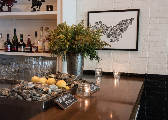 Central brasserie, Westmount, Montreal, Portuguese inspiration meets warm New York decor
