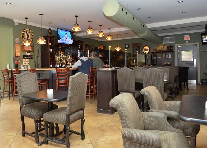 California Pub & Grill
