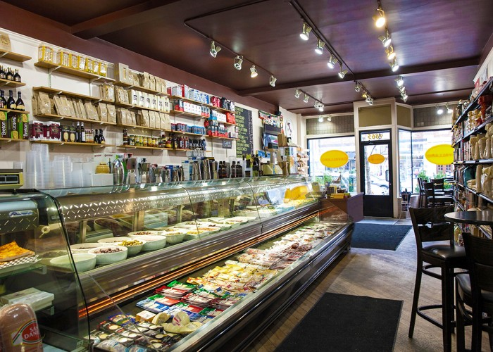 Cavallaro Westmount, Readymade takeout, baked goods, sauces, pasta, fine grocer, fine coffees