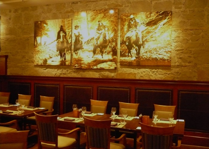Thomsons Restuarant, Fine dining, steaks, seafood, lamb, brunch