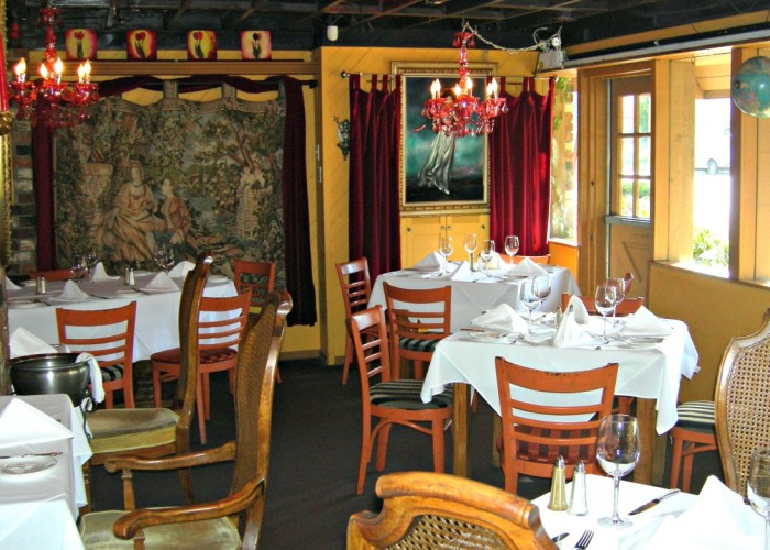 There are 75 seats inside with additional room to accommodate large parties, plus an intimate back deck that holds 30.
