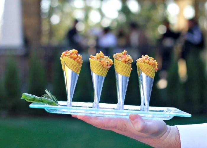 Hors d' oeuvres, personalized menus, seasonal menus, desserts and cakes, Bags 2 Go, corporate menus, wedding menus, catering rentals