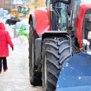 The advantages and disadvantages of road salt