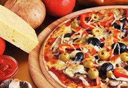7 gourmet pizza toppings from around the world