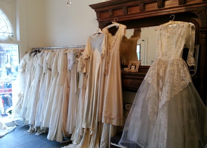 Cheap Wedding Gowns Toronto: Vintage Bride Toronto Business Story