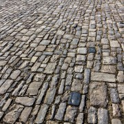 Tips to get stone paving looking strong & uniform