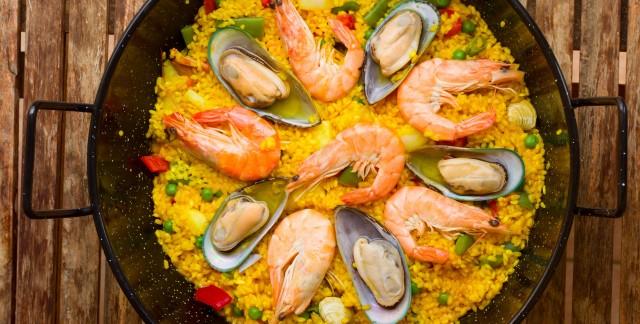 Shake it up: Shellfish paella