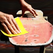 How to sand by hand and cut a pane of glass the right way