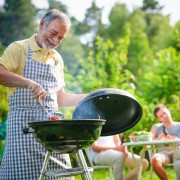 Keeping your outdoor barbecue area clean