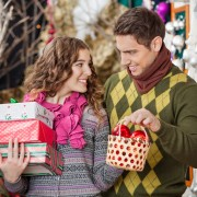 How to keep the spirit of christmas without the commercialism