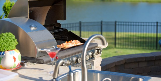 Turn your patio into an outdoor kitchen
