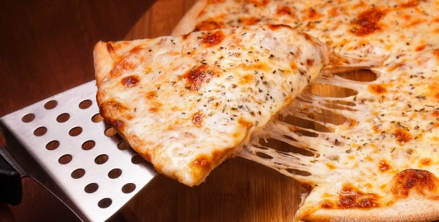 Chicago vs. New York: whose pizza is the best?