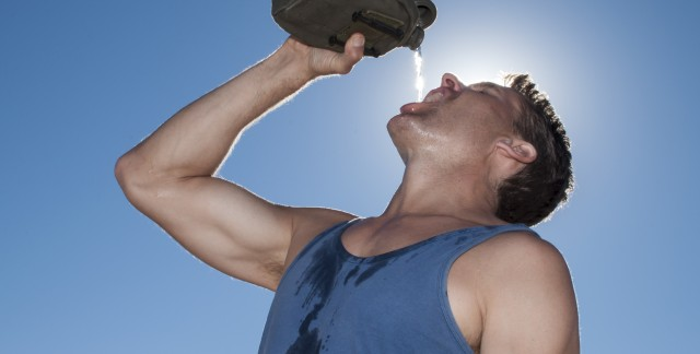 How to help sunburn, prickly heat & heat stroke