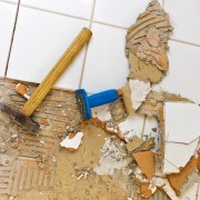 5 easy DIY steps for replacing damaged ceramic tiles