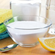9 essential natural cleaning agents