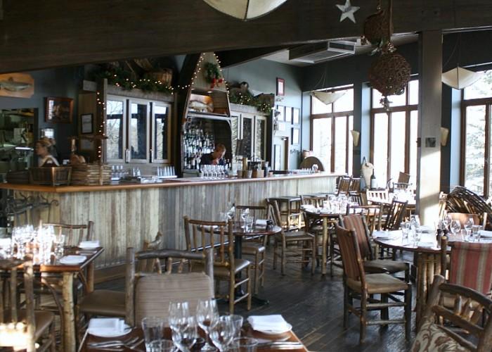 River Cafe, Oysters, salads, soup, fish, beef, bison, seafood, brunch, wine, cocktails