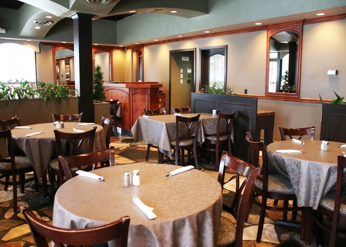 Cravings Restaurant & Lounge, restaurant, lounge, comfort food, local produce, sustainably harvested fish and seafood, homemade burgers, pub fare, quinoa salads, maple-glazed wild salmon, vegan options, vegetarian options, gluten-free options, weekend brunches, catering