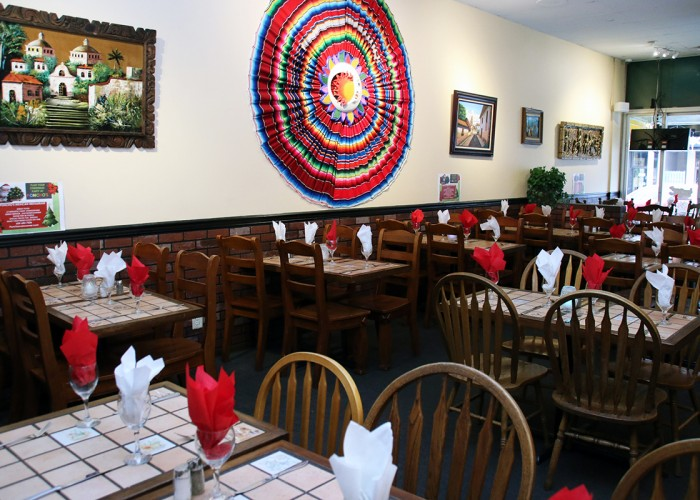 Poncho's Mexican Restaurant, authentic Mexican cuisine, live music on weekends, paella, steak-and-enchilada plates, flautas, fajita platters