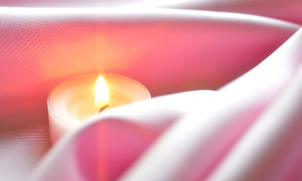 Create a little ambiance with candles | Smart Tips