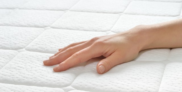 4 clever tips for choosing and maintaining your mattress
